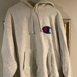 ❌❌SOLD❌❌Oversized Champions Hoodie